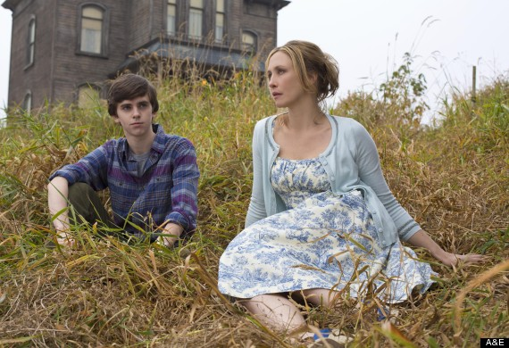 bates motel fashion