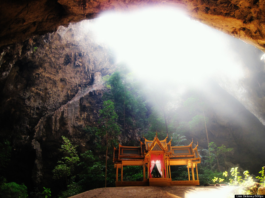 Buddhist Cave Temples Are Jaw-Droppingly Gorgeous O-CAVE-900