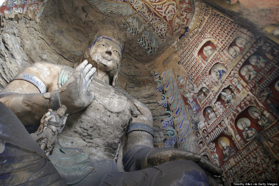 Buddhist Cave Temples Are Jaw-Droppingly Gorgeous O-YUNGANG-900