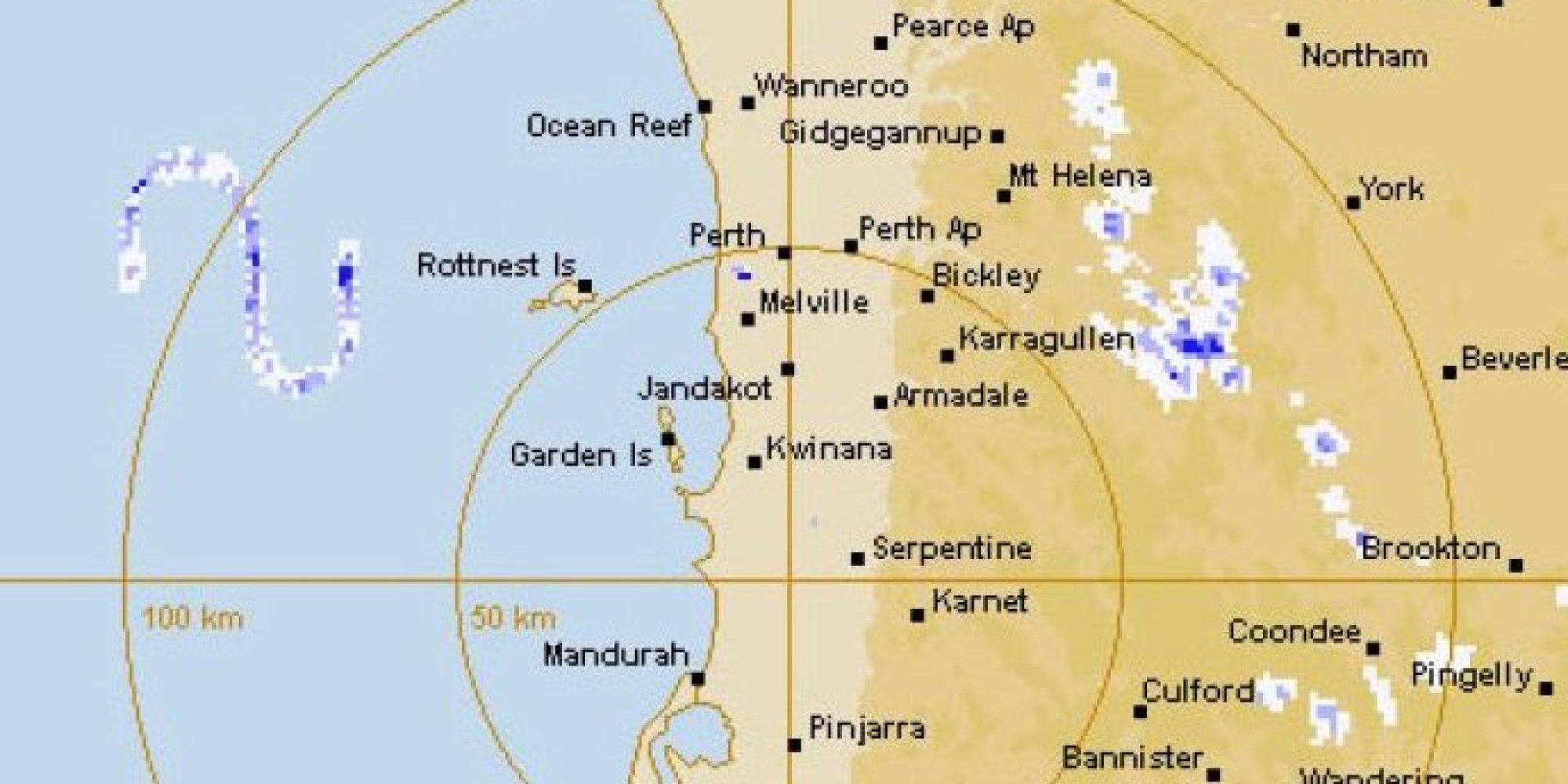 Radar captures massive 39 s shaped snake 39 monster off coast for Bureau meteorology