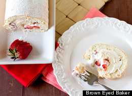 14 Times Rolled Cakes Were Better Than Layers