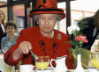 7 Crazy Reasons You Should Be Intimidated To Eat With Queen Elizabeth II