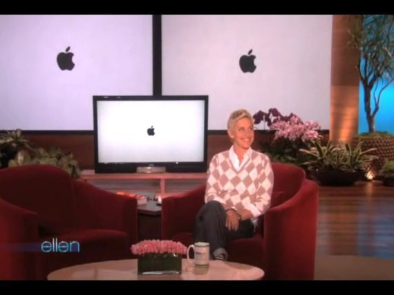 Ellen Irks Apple With iPhone Ad Spoof, Has To Apologize (