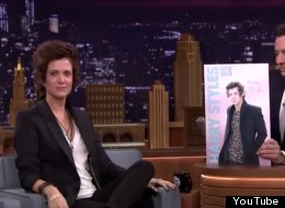 WATCH: Kristen Wiig Impersonates Harry Styles, Makes Our Day
