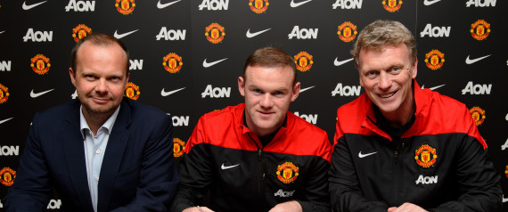 wayne rooney signs contract