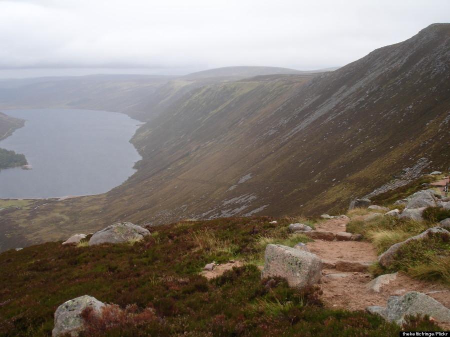 running scotland mountains