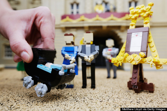 11 Awesome Lego Facts That Will Make You Want To Break Out The ...