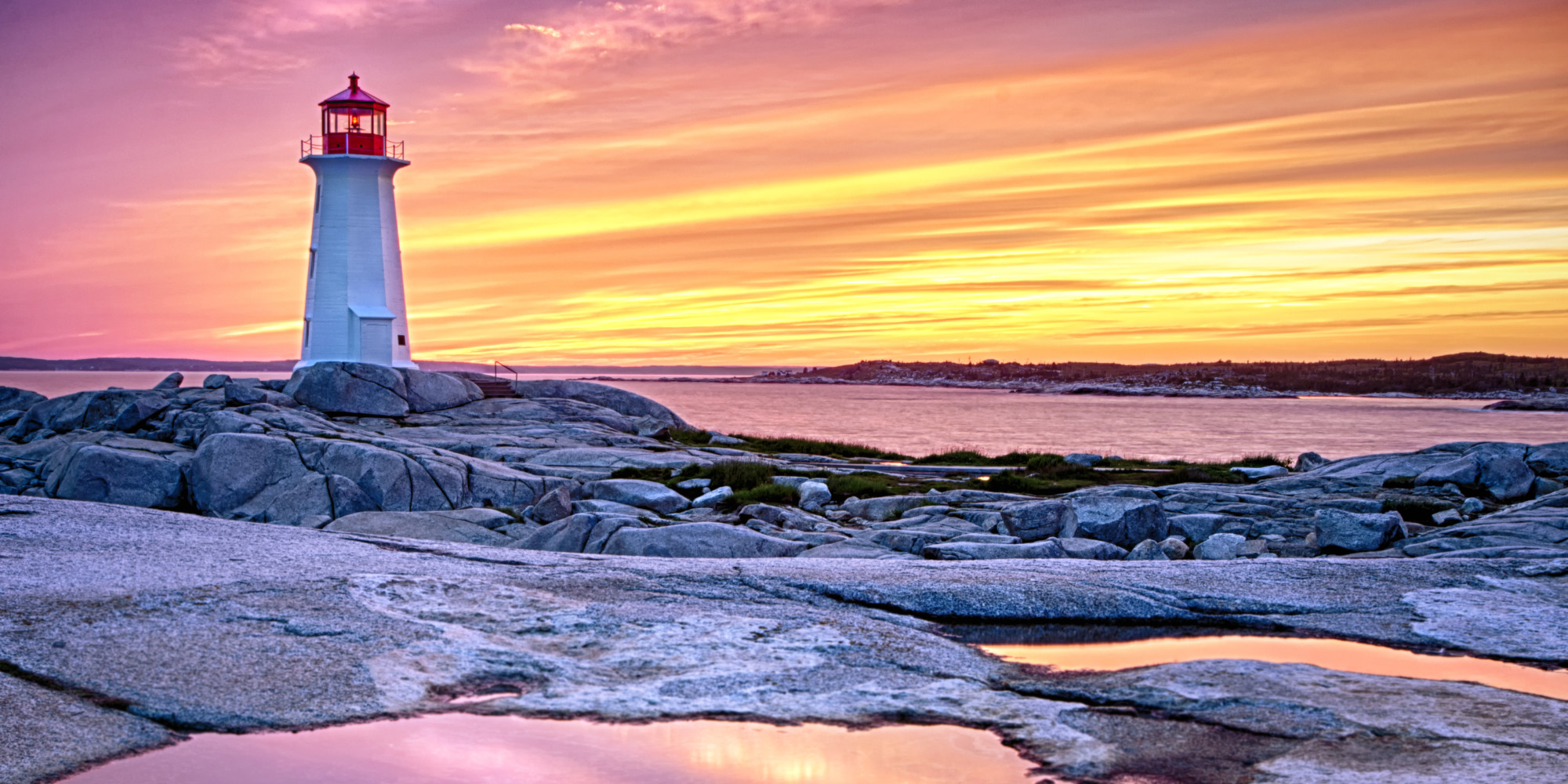 Breathtaking photos of lighthouses in winter huffpost for What state has the most lighthouses