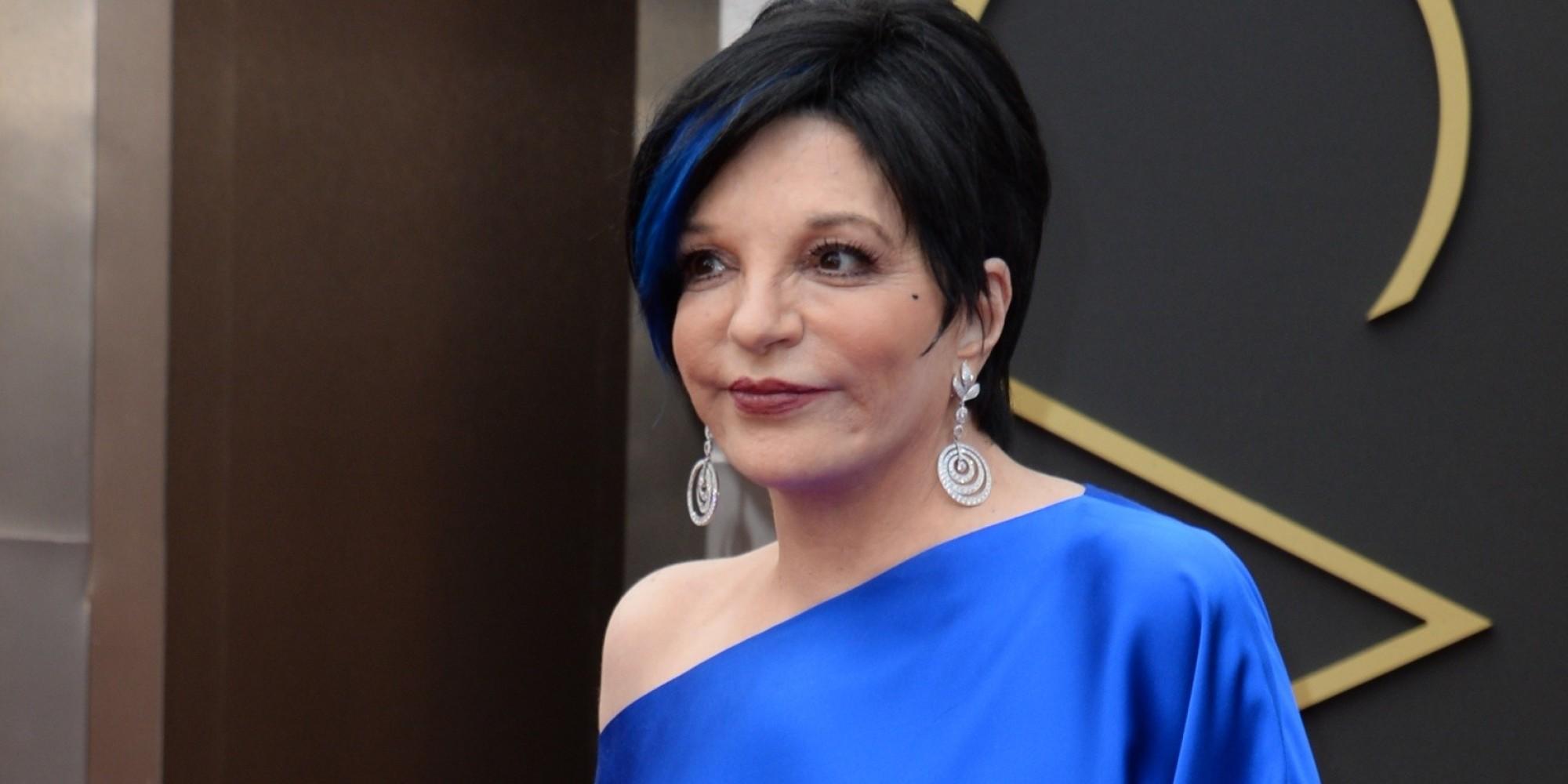 Liza Minnelli Oscars 2014: Blue Dress, Blue Hair, All Glam (PHOTOS)