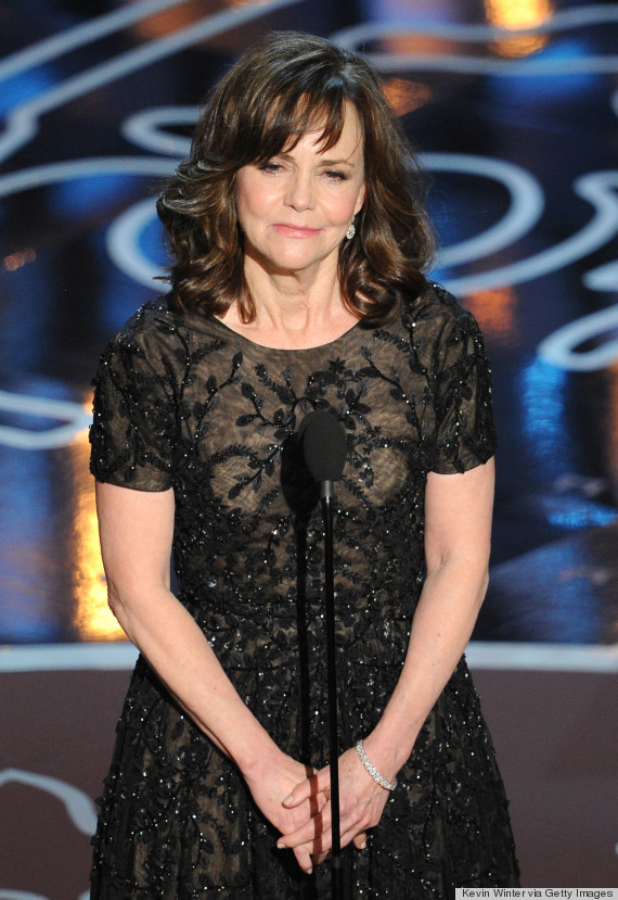 sally fields oscar dress 2014 is the sequin gown of our
