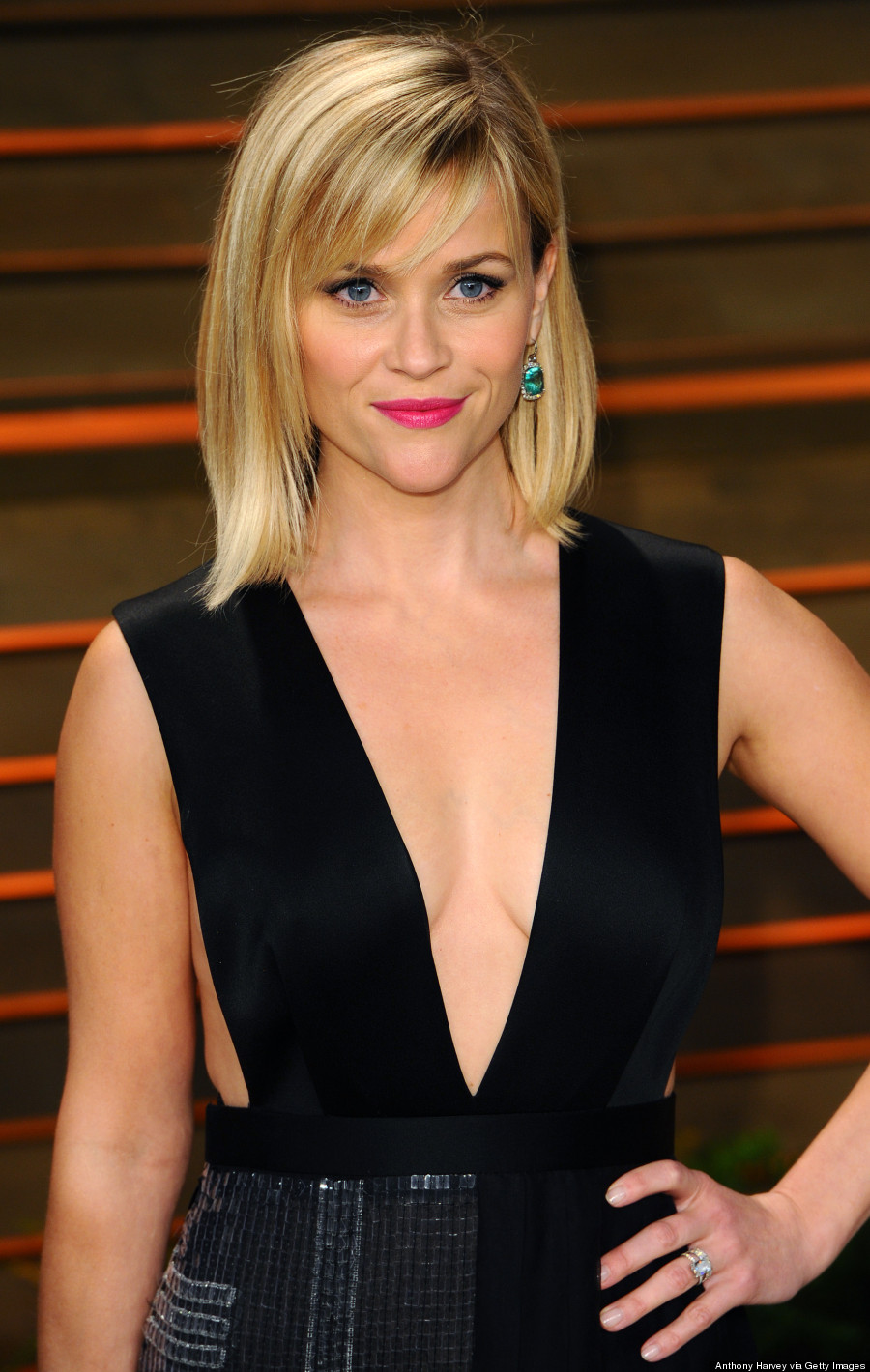 Reese Witherspoon's Vanity Fair Oscar Party Dress Is Eye ... Reese Witherspoon