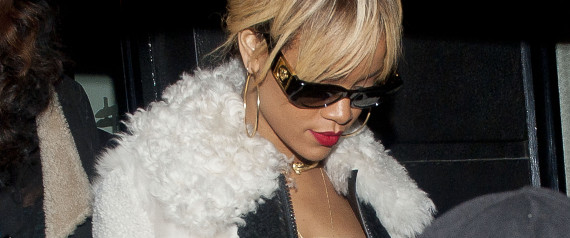 RIHANNA IN FUR COAT