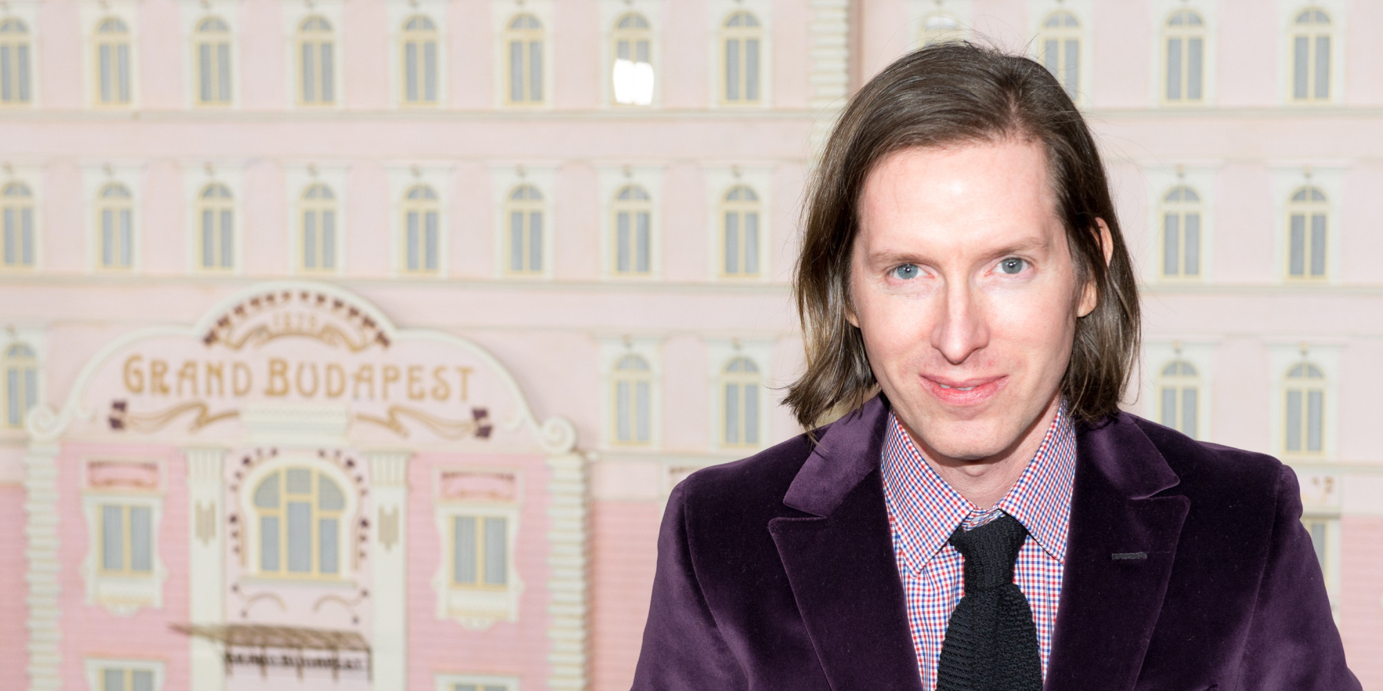 wes anderson Considering wes anderson is a fairly tight-lipped director, most fans have chosen to view him as, well, a wes anderson character: dry and fastidious, with excellent taste in music.