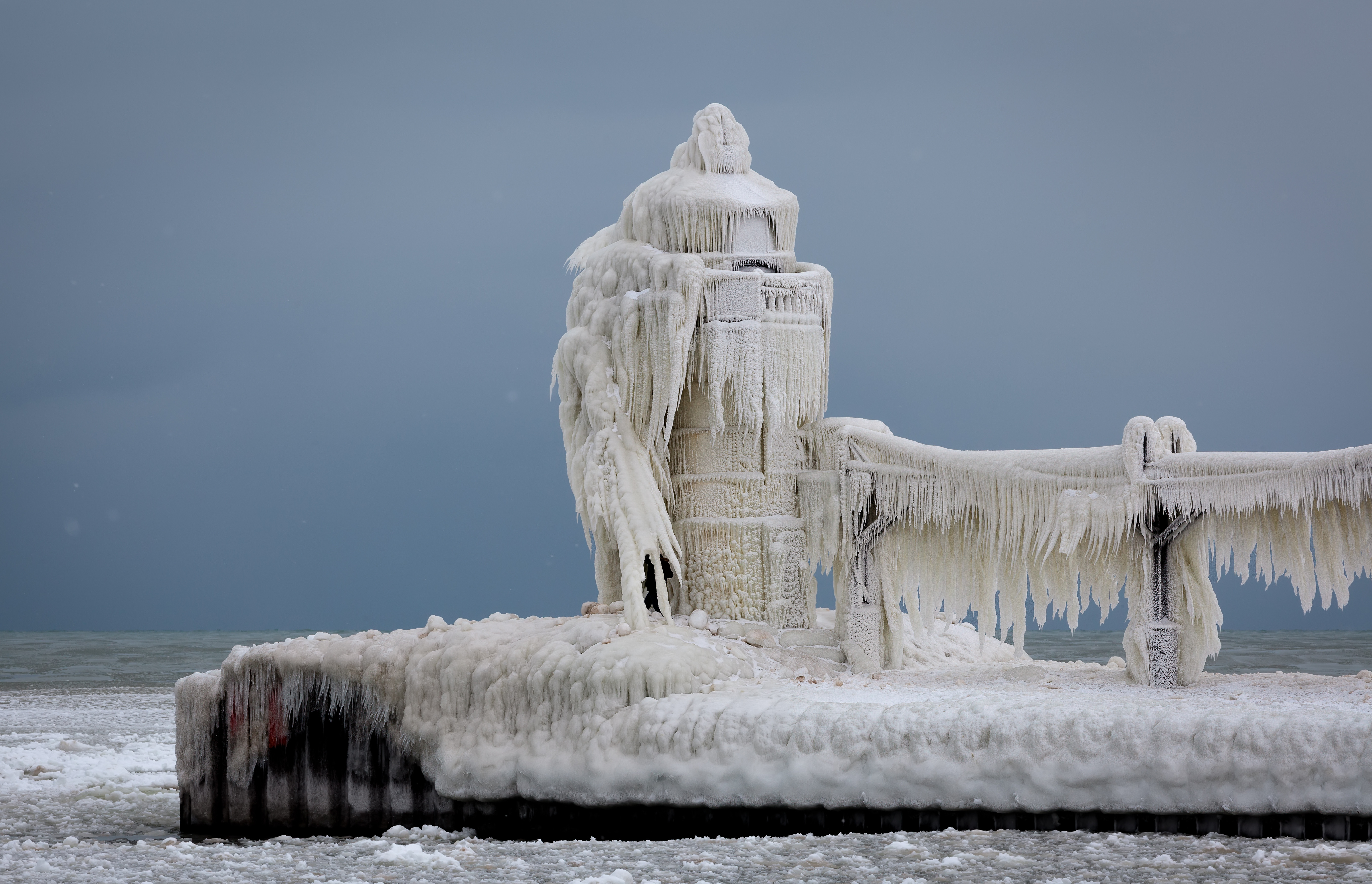 st joseph lighthouse frozen