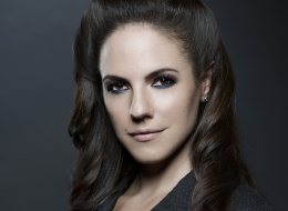 Getting To Know 'Lost Girl' Anna Silk