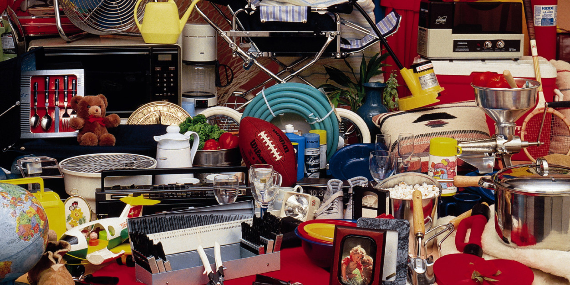 Spring cleaning 13 things people can 39 t get rid of for Comment assurer un garage seul