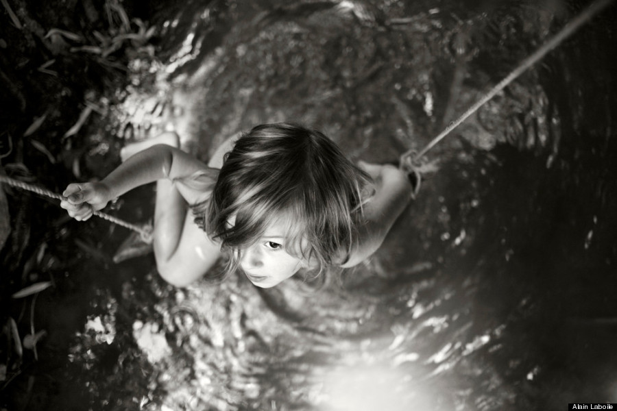 dads beautiful photos reveal the wonder of childhood