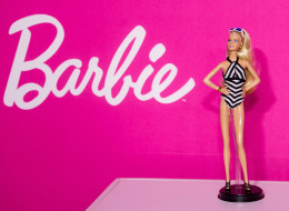 4 Tips Not To Let Barbie Interfere With Girls' Aspirations
