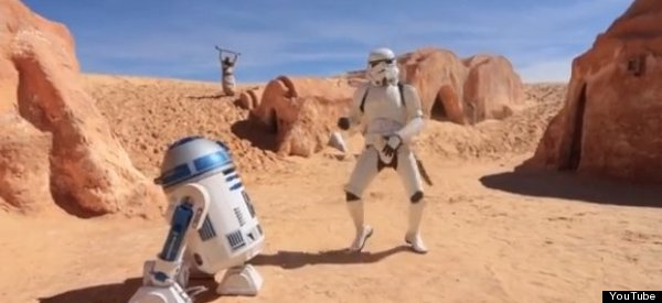 PERSONAJES DE STAR WARS BAILAN 'HAPPY' (VIDEO)