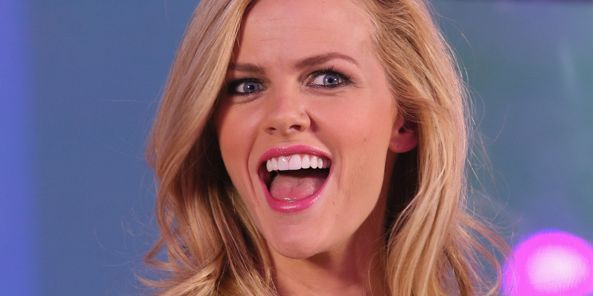 Proof that brooklyn decker is a knockout