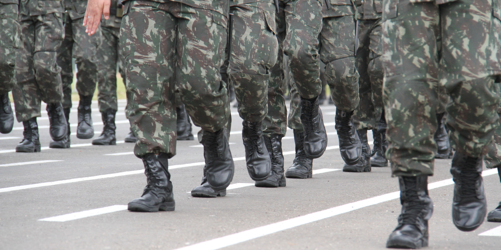 Debt Reduction Services >> Debt Collectors Targeting Members Of The Armed Services | HuffPost