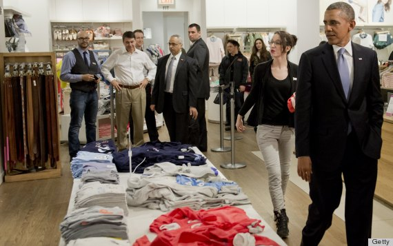 Obama's Gap Shopping Trip Is As Endearingly Awkward As You'd ...