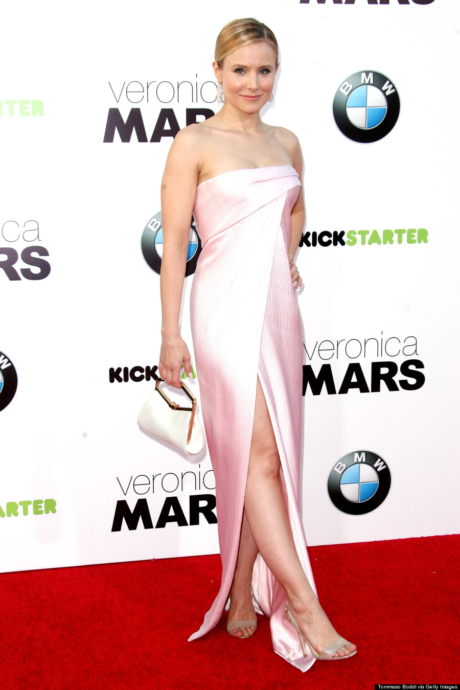 Kristen Bell Rocks Dress With High Slit At Veronica Mars