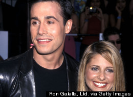 Sarah Michelle Gellar And Freddie Prinze Jr. Post The Cutest Selfie Of The Century