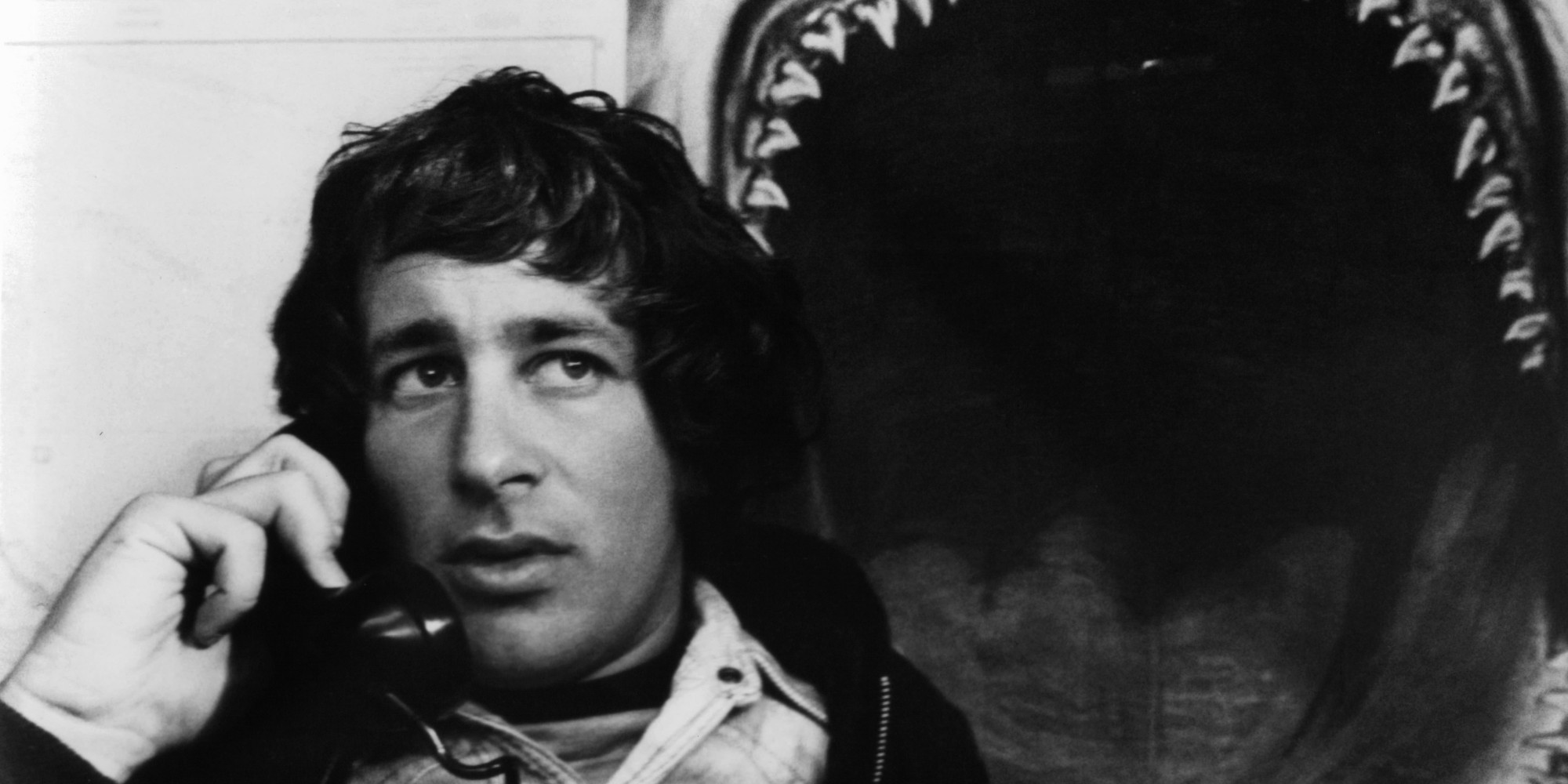 jaws - steven spielberg essay Steven spielberg (1946- ) is one of hollywood's most influential and  among his  most popular and critically-acclaimed films are jaws, et, the color   this paper was developed by a student taking a philanthropic studies course.