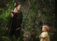 See Angelina Jolie's Daughter, Vivienne Jolie-Pitt, With Her Mom In 'Maleficent'