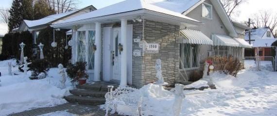 La casa arredata in stile versailles in vendita per for Casa in stile vittoriano in vendita