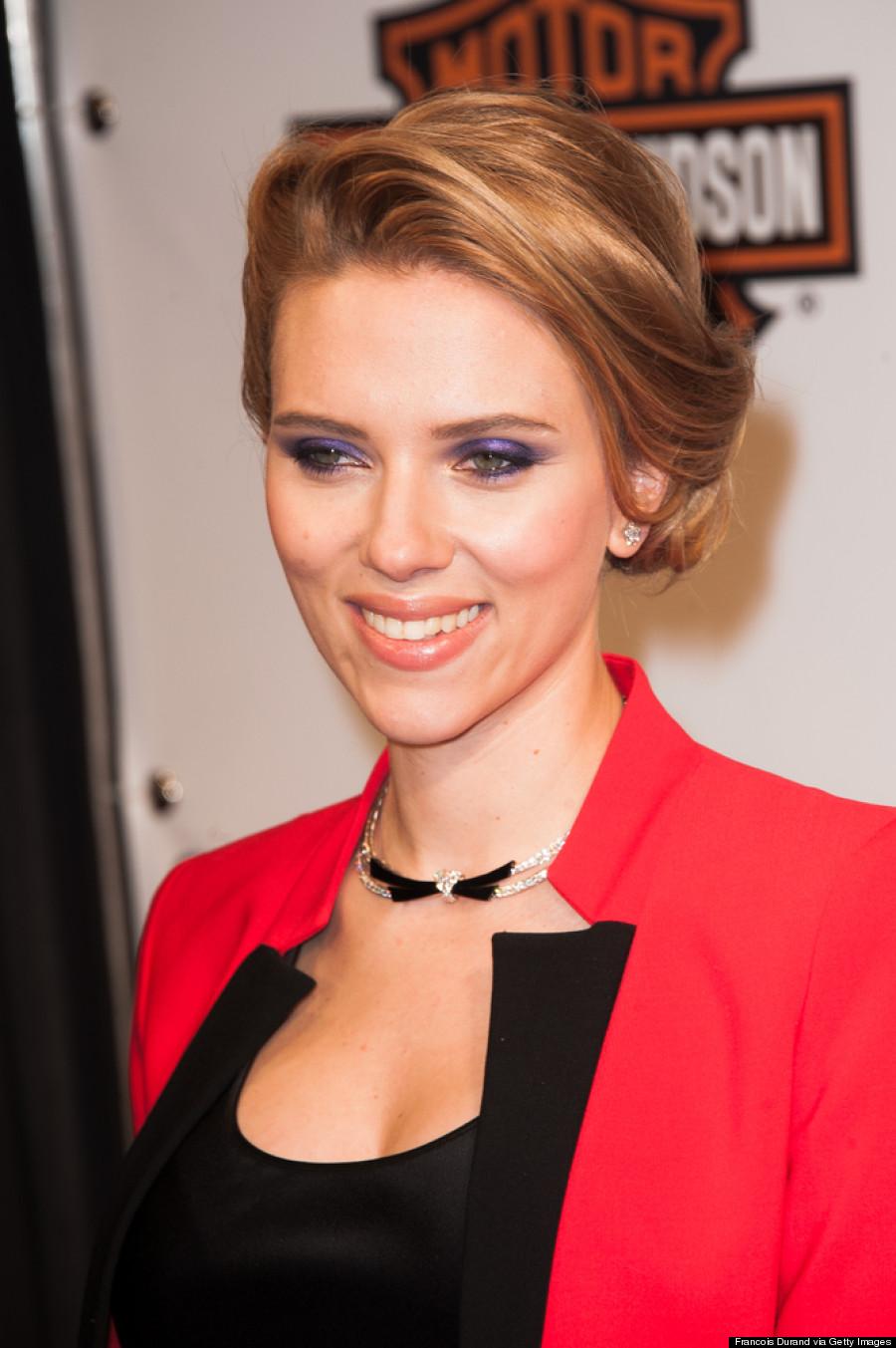 Scarlett Johansson Hides Baby Bump Under Chic Red Suit ... Scarlett Johansson