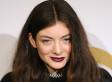 Lorde Tells Fans To Kiss Westboro Baptist Protestors, Wear Rainbow
