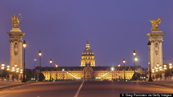 les invalides night