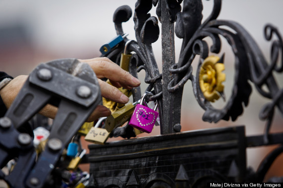 remove locks charles bridge