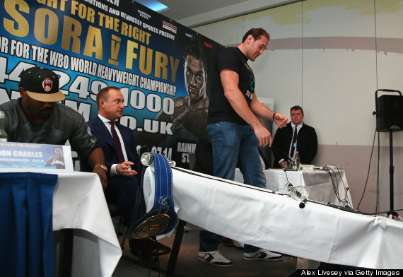 tyson fury table press conference