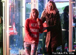 Jo Whiley Falls Off Treadmill During Sport Relief Challenge (VIDEO)