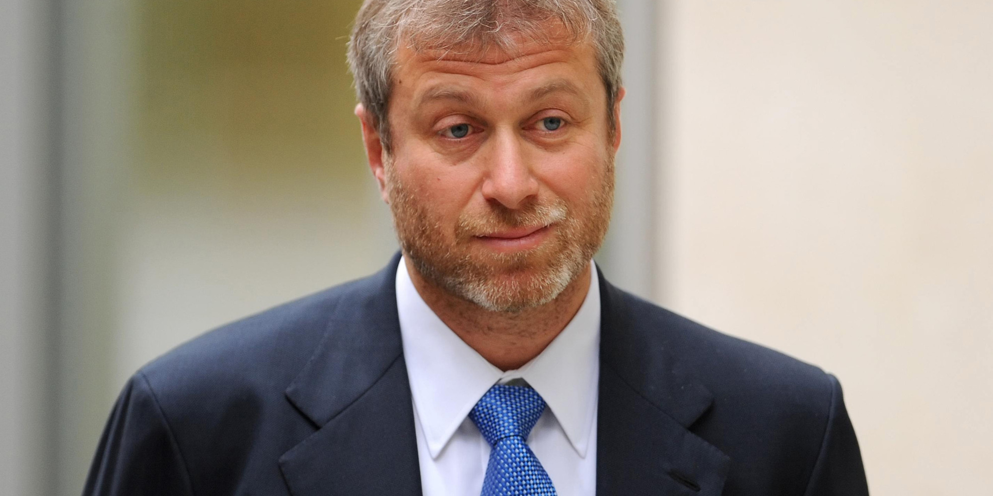 Roman Abramovich Could Face Eu Sanctions Over Crimea Says David Cameron Huffpost Uk