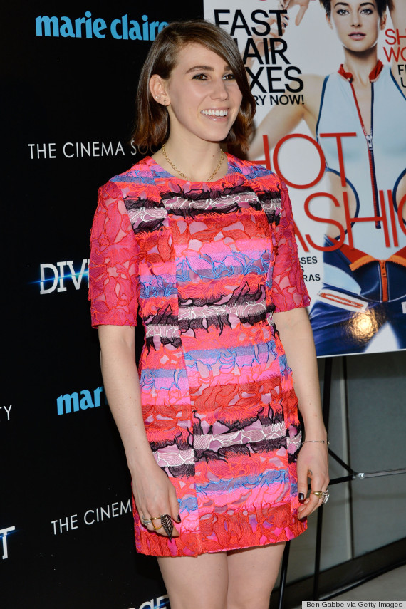 zosia mamet smiling dress