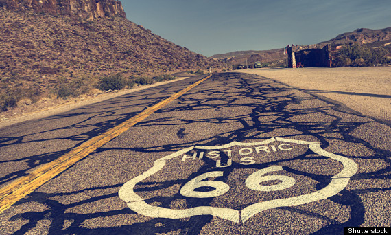 More than a road, this legendary highway is a key part of American identity. At 4,000km long, Route 66 spans nearly the entire length of the US from east to west, from Illinois to California.