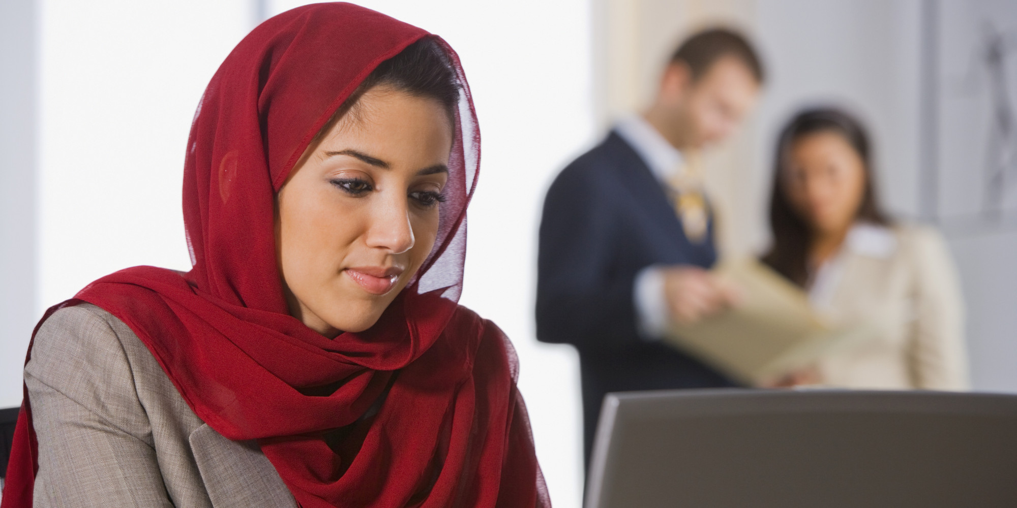 canadian single muslim girls Switch to forum live view muslim men prefer non-muslim women 10 years  and there are girls  one would know that allah knows and sees every single thing.