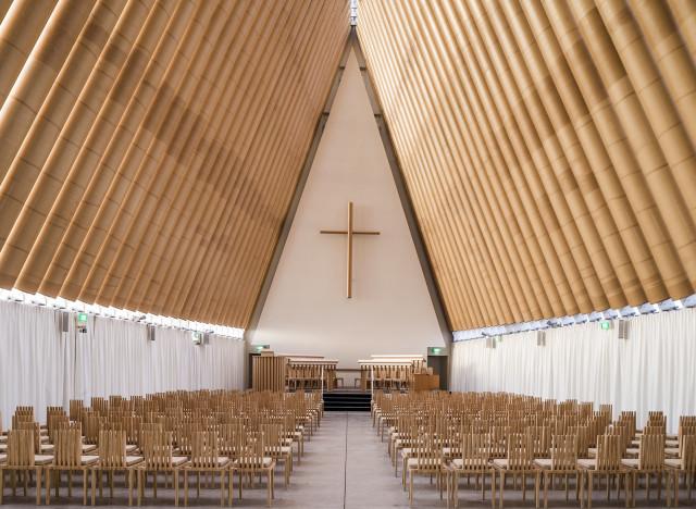 Prix pritzker 2014 l 39 architecte japonais shigeru ban - Architecte japonais ...