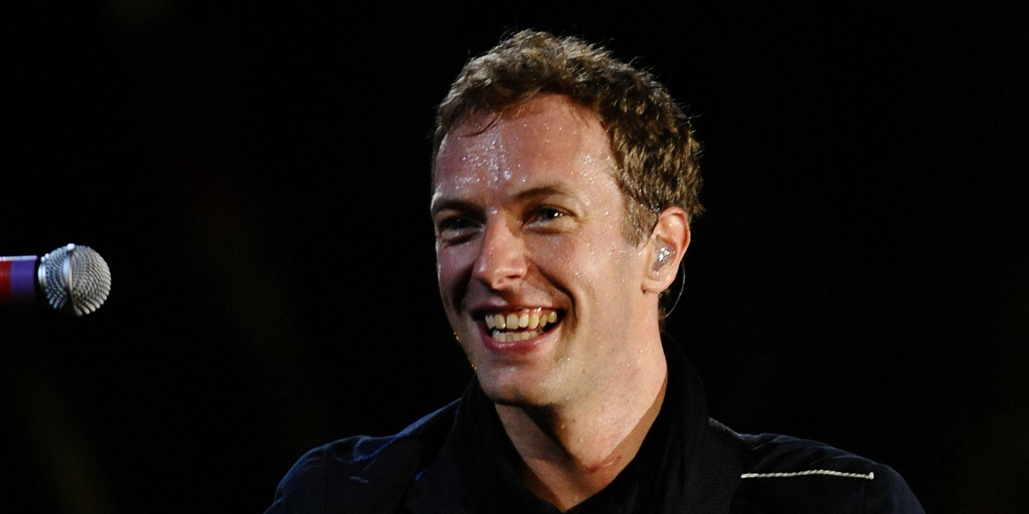Крис мартин – британский музыкант, фронтмен и солист рок-группы coldplay, обладатель премии «грэмми» и, ко всему прочему, бывший муж голливудской звезды гвинет пэлтроу.