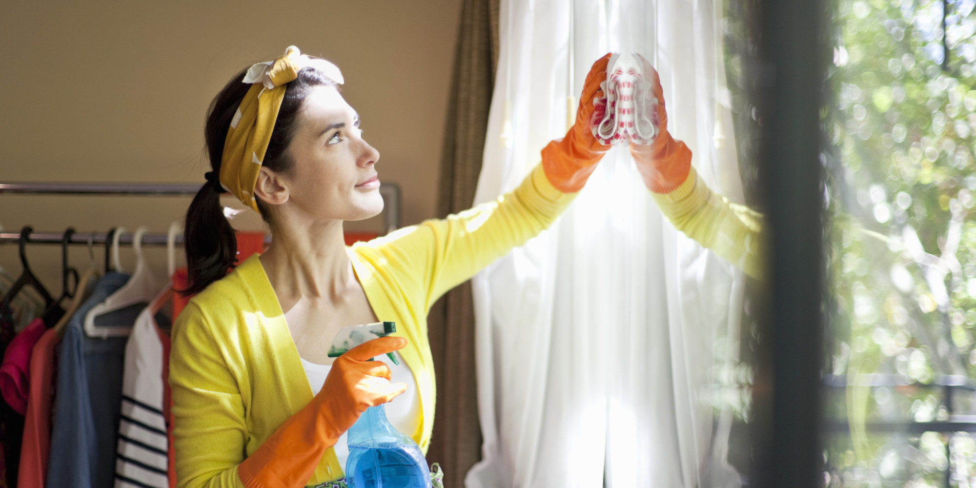 Top 10 spring cleaning tips huffpost uk Cleaning tips for the home uk
