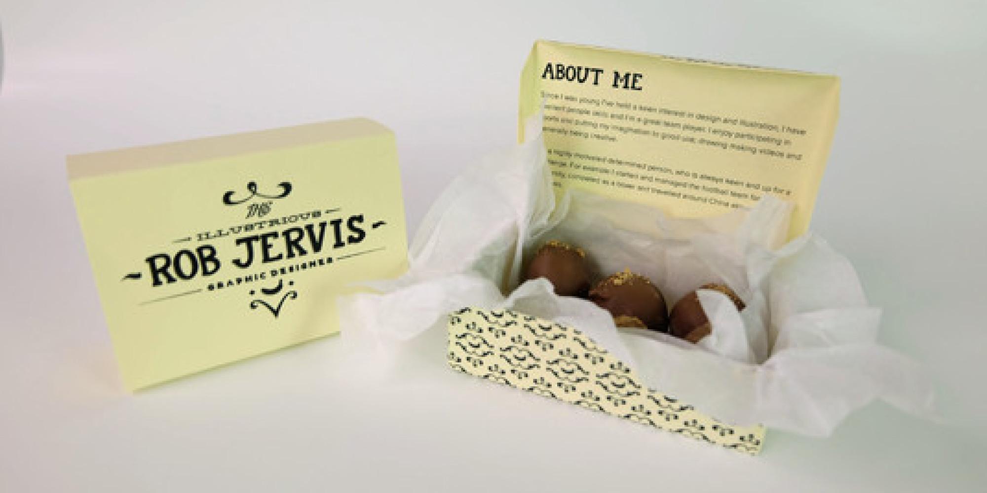 le cv original en forme de bo u00eete de chocolats  la bonne id u00e9e d u0026 39 un designer anglais  rob jervis