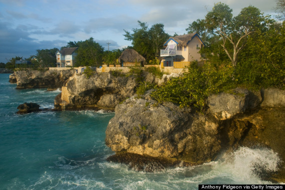 caves hotel negril