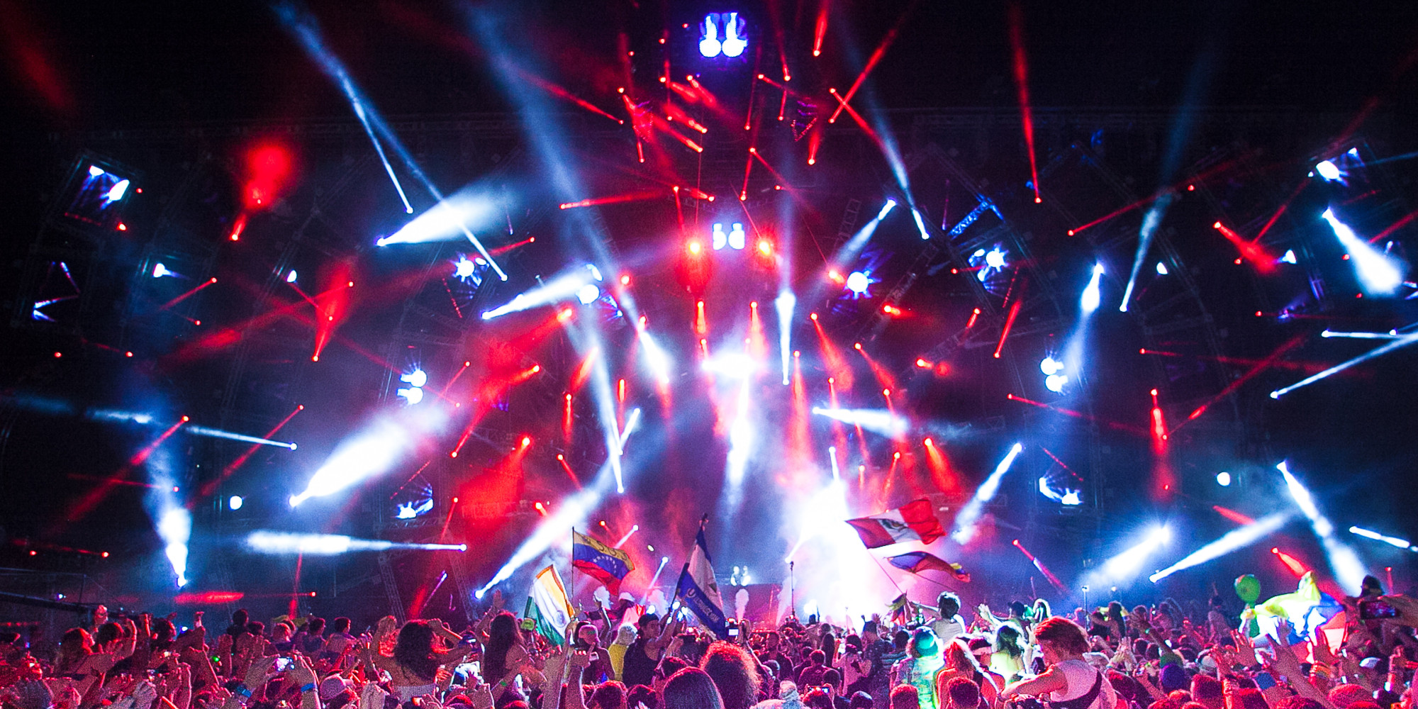 Go Inside Ultra Music Festival 2014 With These Giant Photos NSFW