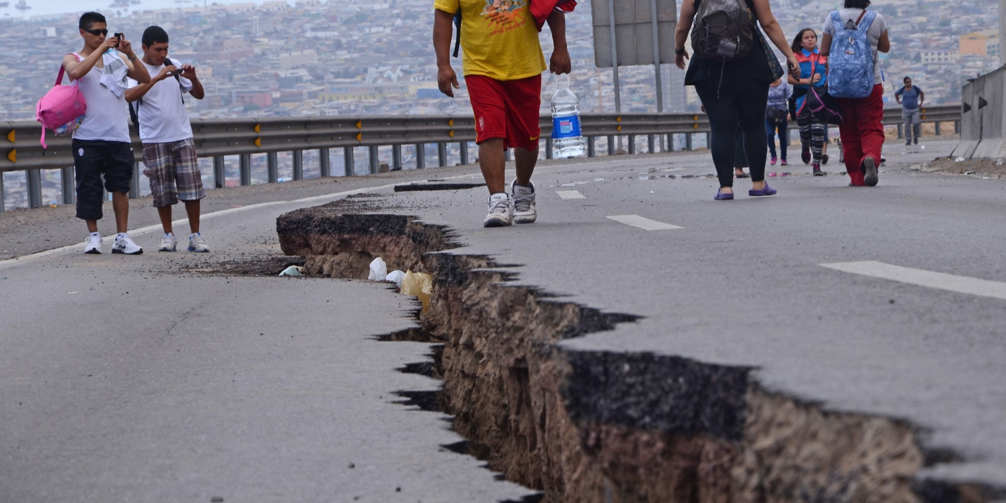 The destruction left behind after chile 39 s earthquake photos for Where do you go in an earthquake
