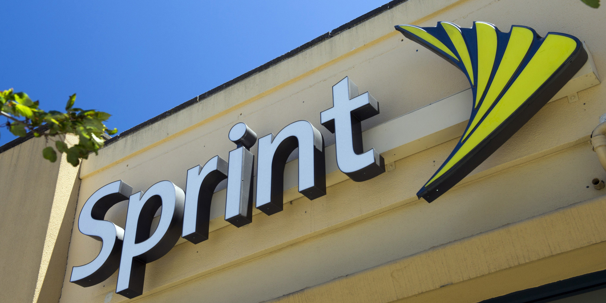 Twitter's TV-Centricness Dials Up Sprint's 'Framily' Effort