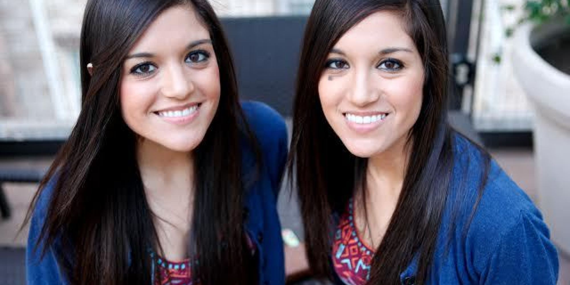 Image Gallery Identical Teenage Twin Girls